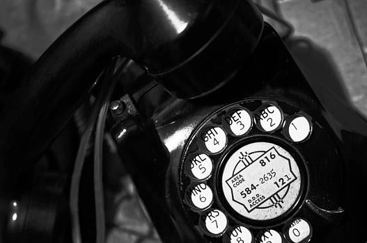 Phone by Anthony Cummigs