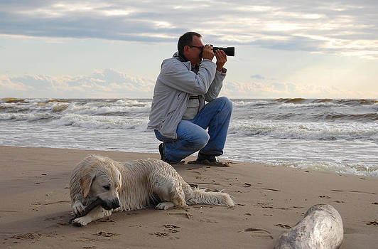 Gynt   - Photographer and dog