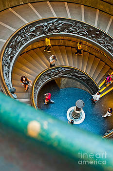 Photographer in action at the Vatican Museums by Luis Alvarenga