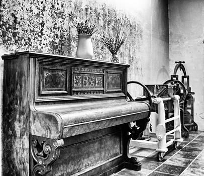 Piano by Ben Osborne