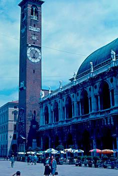 Piazza del Signore 2 1962 by Cumberland Warden