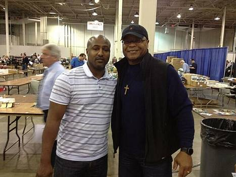 Pic with Mike Singletary  by Lynde Washington