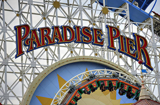 Ricky Barnard - Pier of Paradise