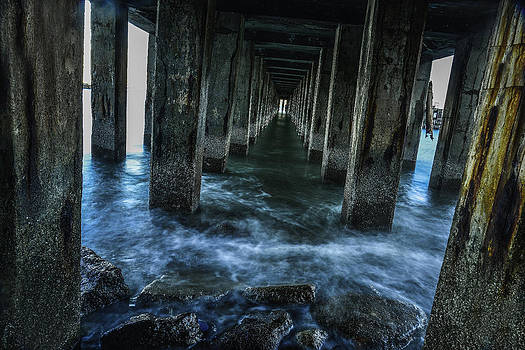 Pillars In San Francisco California... by Israel Marino