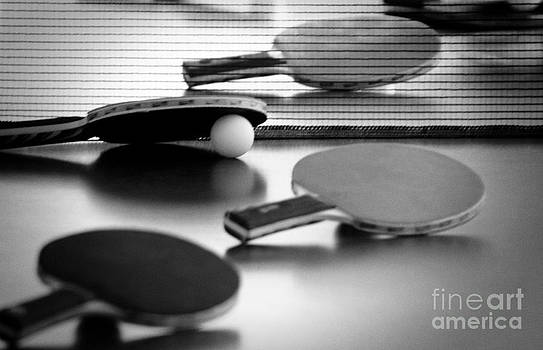 Ping-pong by Evgeniy Lankin