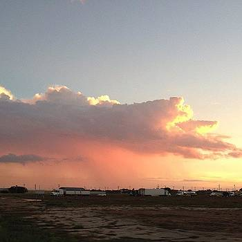 #pink #rain #clouds #sunset #sky by Greta Olivas