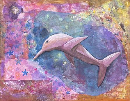 Pink Starlight Dolphin by Shakti Chionis