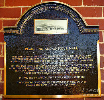 Plains Inn And Antique Mall Plaque by Kim Pate