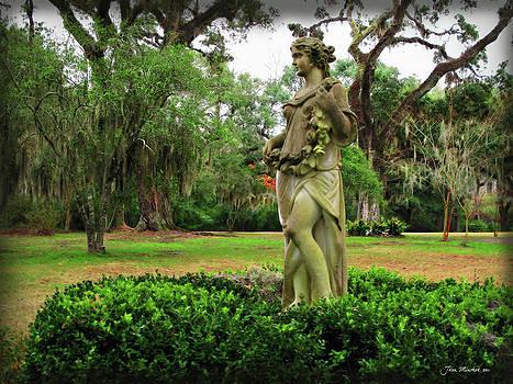 Joan  Minchak - Plantation Garden New Orleans