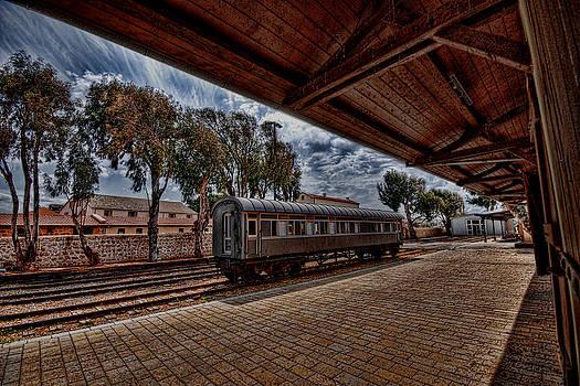 platform view of the first railway station of Tel Aviv by Ron Shoshani