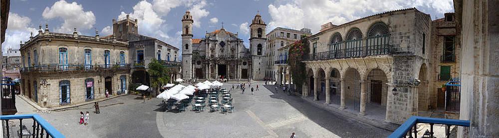 Juan Carlos Sepulveda - Plaza de la catedral de la habana./ Plaza of the Cathedral of Havana.
