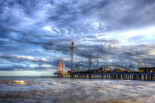 Pleasure Pier Galveston by Shawn Everhart