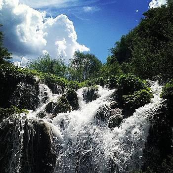 Plitvicka National Park. #croatia by Ashley Millette
