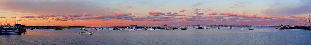 Plymouth Hahbuh Pano Sunset by Malcolm Lorente