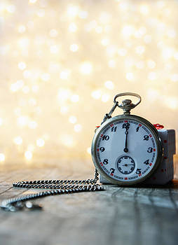 Newnow Photography By Vera Cepic - Pocket watch with bokeh background