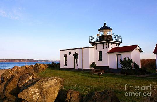 Vicki Maheu - Point No Point Lighthouse 2