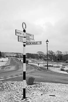 Pointing the Way - Goathland Signpost by Rod Johnson
