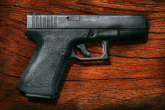 Mike Savad - Police - Gun - The modern gun