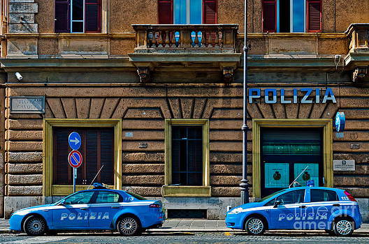Police vehicles in Rome by Luis Alvarenga