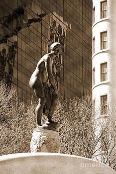 RicardMN Photography - Pomona on the Pulitzer memorial fountain