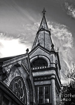 Gregory Dyer - Pomona Seventh Day Adventist Church in black and white
