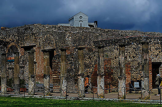 Enrico Pelos - Pompei colonnati