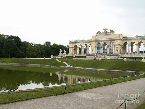 Pond in Schonbrunn Park by Evgeny Pisarev