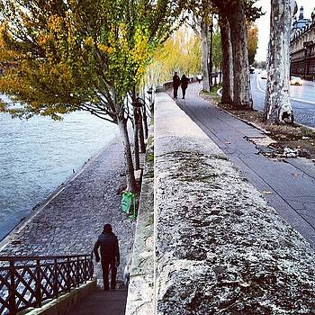 Pont Des Arts #laseine by Sarah Dawson