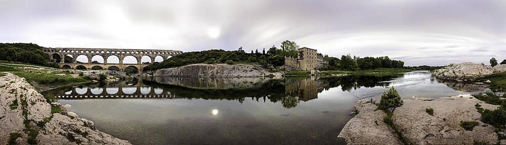 Pont du Gard by Jens Tischer