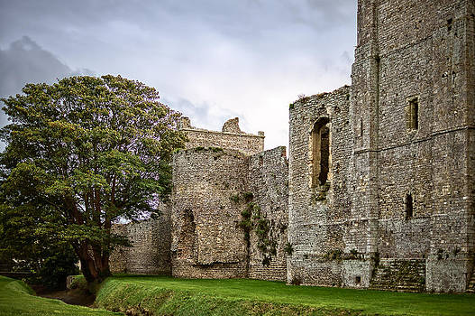 Porchester Castle by Trevor Wintle