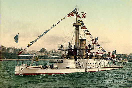 California Views Mr Pat Hathaway Archives - Port bow view of the Amphitrite BM-2 at anchor on 27 April 1897