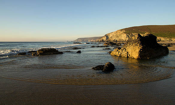 Porth Towan - Cornwall by Pete Hemington