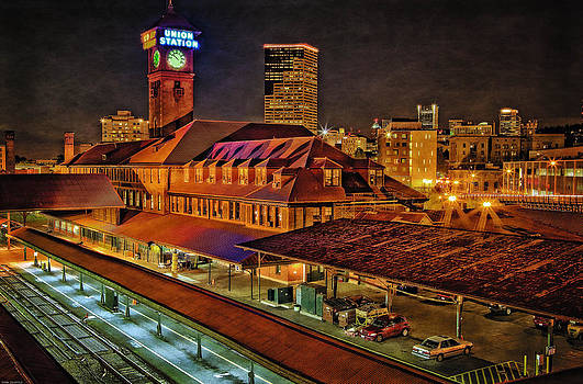 Thom Zehrfeld - Portland Union Train Station Two