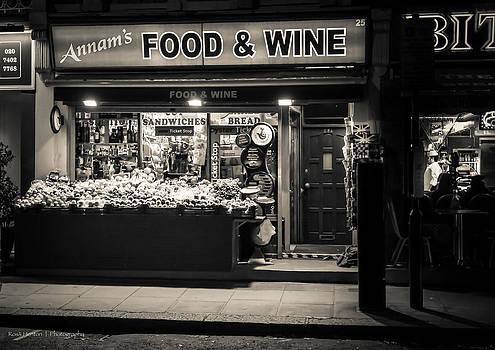 Portobello Road Market by Ross Henton