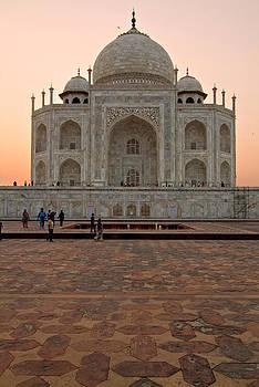Devinder Sangha - Portrait of Taj Mahal