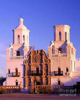 Douglas Taylor - PORTRAIT OF THE MISSION IN EARLY MORNING LIGHT