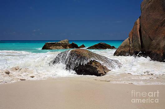 Kate McKenna - Praslin Island Waves