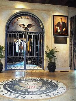 Glenn McCarthy Art and Photography - Presidential Lounge - The Mission Inn Hotel