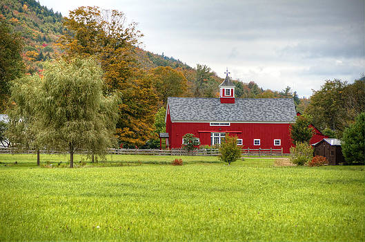 Prettiest Barn in Vermont by Donna Doherty