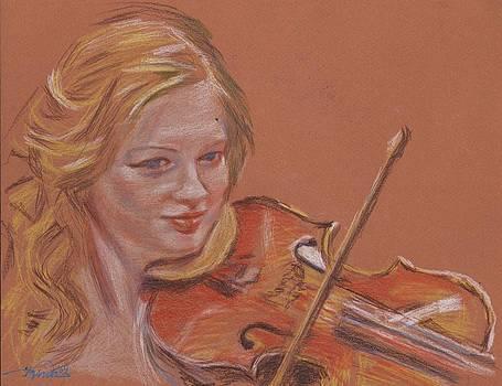 Prettiest violinist by Horacio Prada