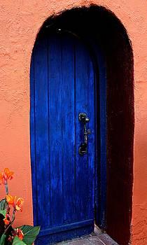 Puerta Azul Mesilla by Barbara Chichester