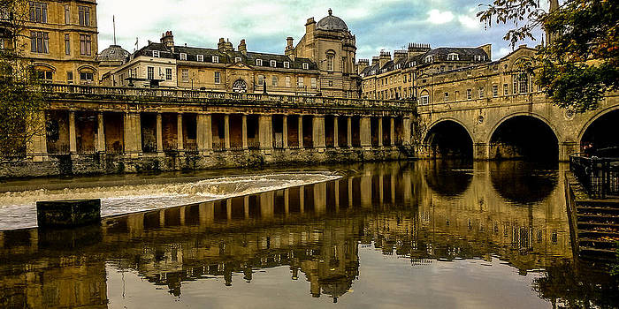Pulteney Bridge Bath by Grant Chamberlain