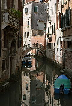 Quiet moment in Venice by Gerald Hiam