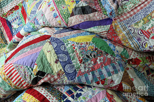 Sarah Schroder - Quilt of Many Colors