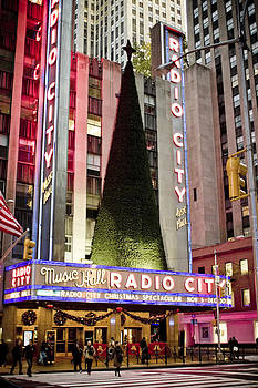 Radio City Music Hall Christmas by Newyorkcitypics Bring your memories home