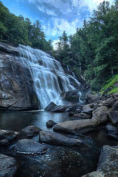 Rainbow Falls by Greg Mills