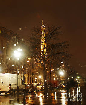 Rainy Night in Paris by Radu Razvan