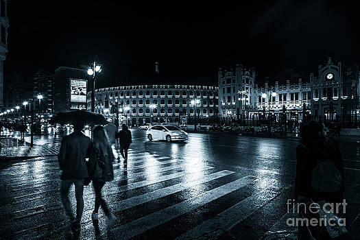 Rainy night on the streets of Valencia by Peter Noyce