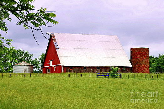 Red Barn At Three Creeks by Christy Phillips