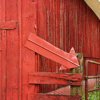 Art Block Collections - Red Barn With Arrow
